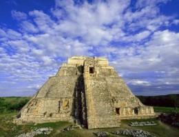 Mundo Aztecas y Mayas